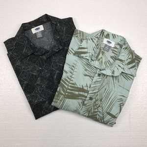 Lot of 2 Old Navy Short Sleeve Button Up Shirts